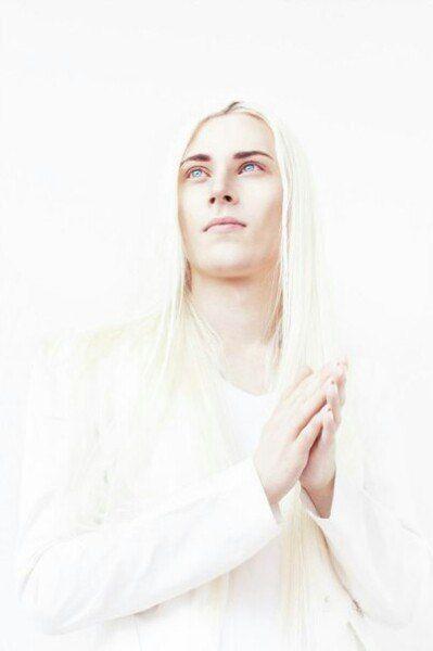 Thranduil Oropherion Long White Hair Long Hair Styles Men Long Hair Styles