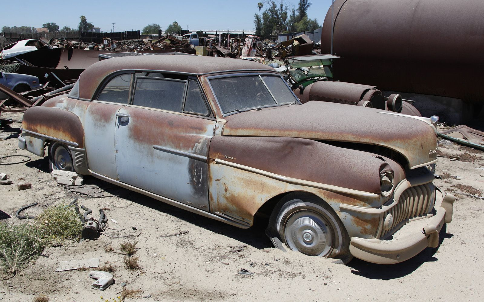 junkyard-vintage-cars-turners-auto-wrecking-fresno-california-195 ...