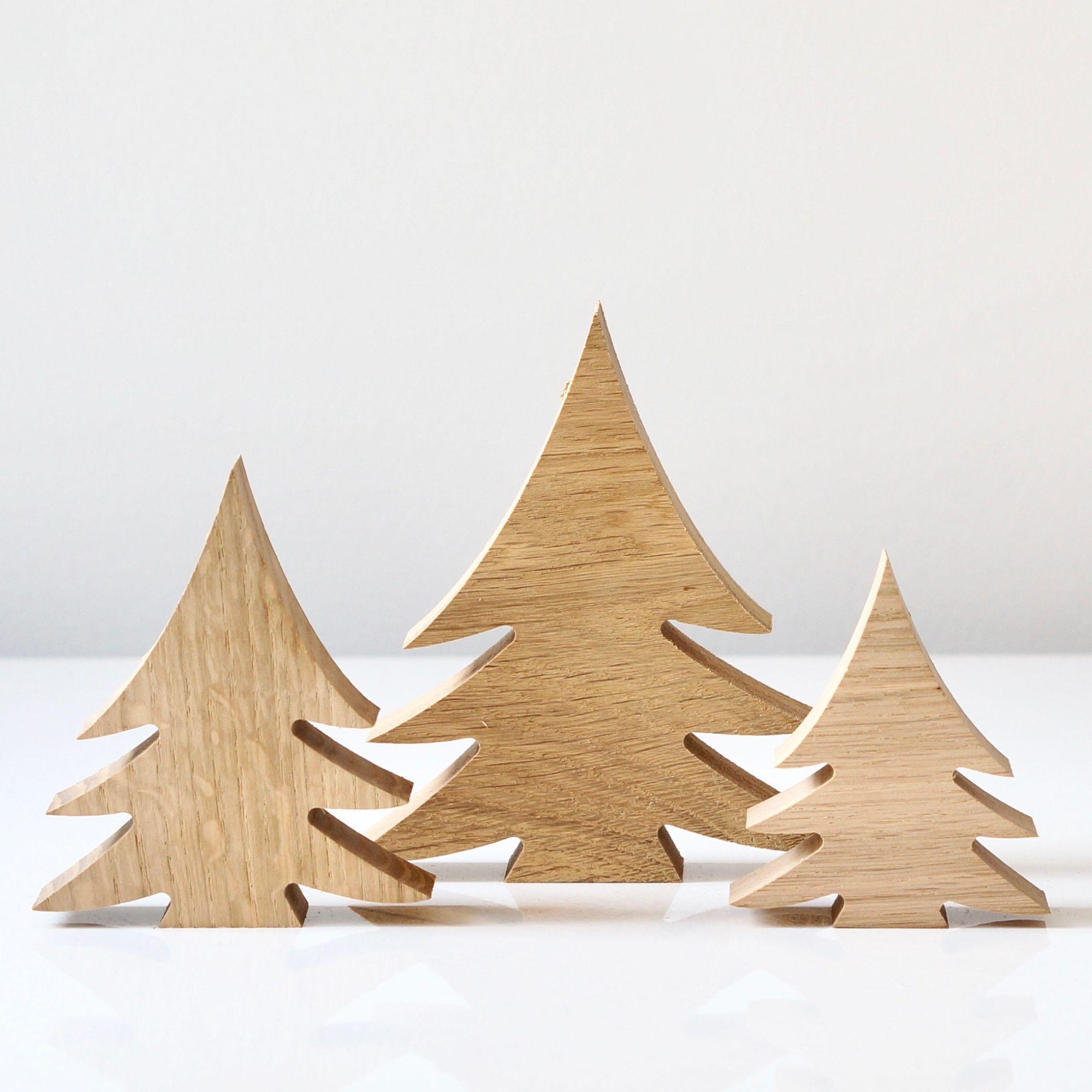 Weihnachtsdeko Holz (Eiche massiv) Du bist noch auf der Suche nach der passenden Weihnachtsdeko für Dein zu Hause? Wie wärs mit diesen schlichten Tannenbäumen aus Holz? Holztanne, Weihnachtsdeko, Tannenbaum aus Holz, Weihnachtsdeko Holz, Massivholz, Eiche massiv, Holzdeko rustikal, Weihnachtsdeko rustikal, Holzfigur, Tischdecke Weihnachten, Tischdeko Winterhochzeit, Wichtelgeschenk, Weihna #rustikaleweihnachtentischdeko Weihnachtsdeko Holz (Eiche massiv) Du bist noch auf der Suche nach der pa #rustikaleweihnachtentischdeko