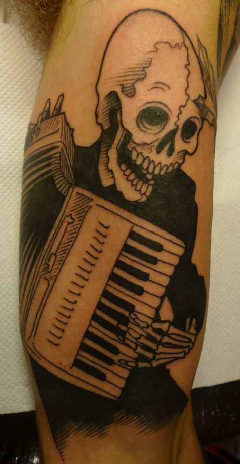 skeleton playing an accordion tattoo by lea nahon awesome tattoos pinterest tyxgb76aj. Black Bedroom Furniture Sets. Home Design Ideas
