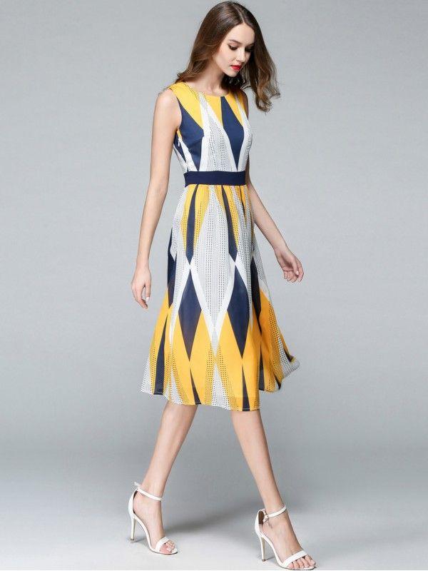 016a1a8099c Multicolor Sleeveless Geometric Printed Midi Dress