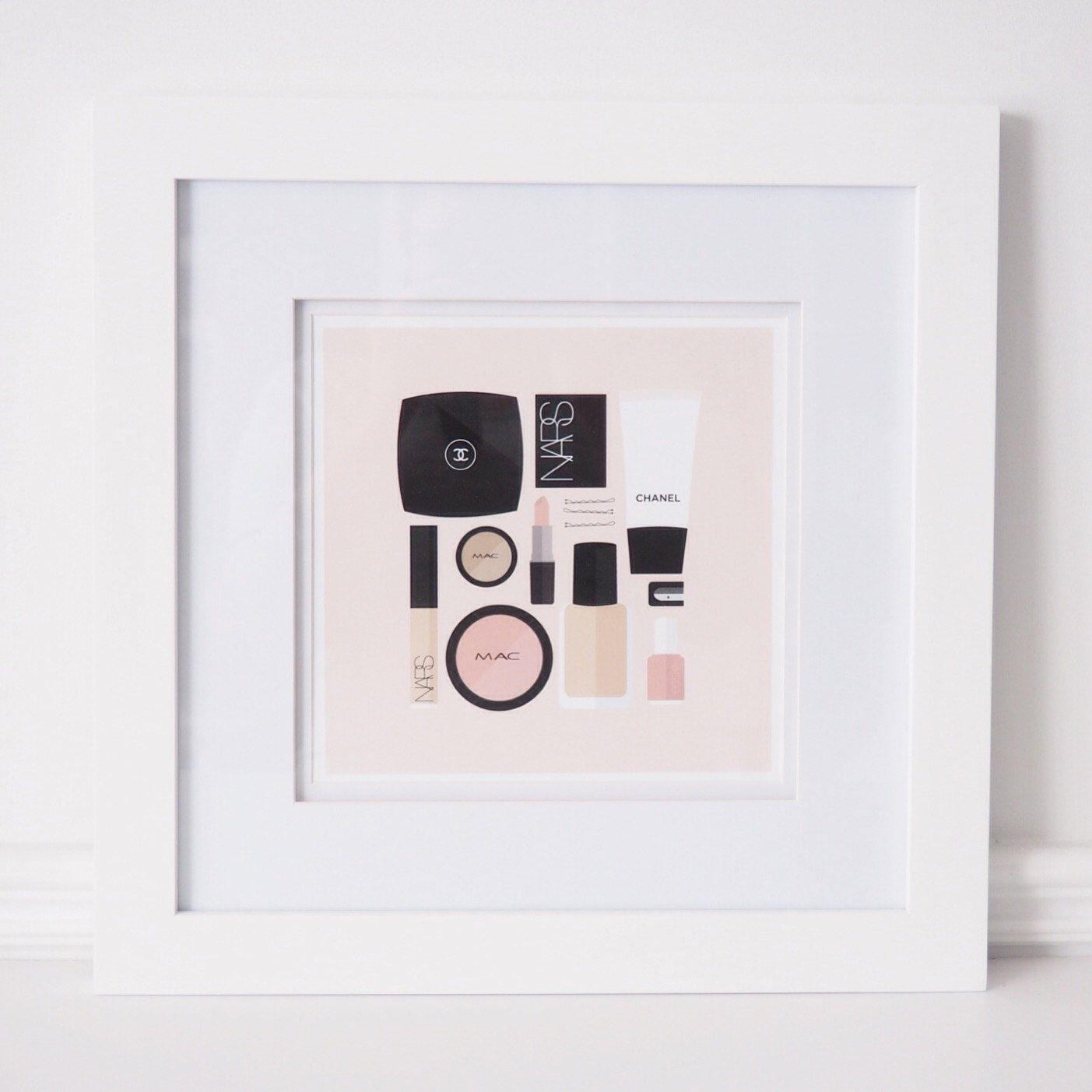 Flat Lay Illustration | Makeup Drawer | Girly Print | Fashion Print | Makeup Print by StyledInPrint on Etsy https://www.etsy.com/listing/264324515/flat-lay-illustration-makeup-drawer