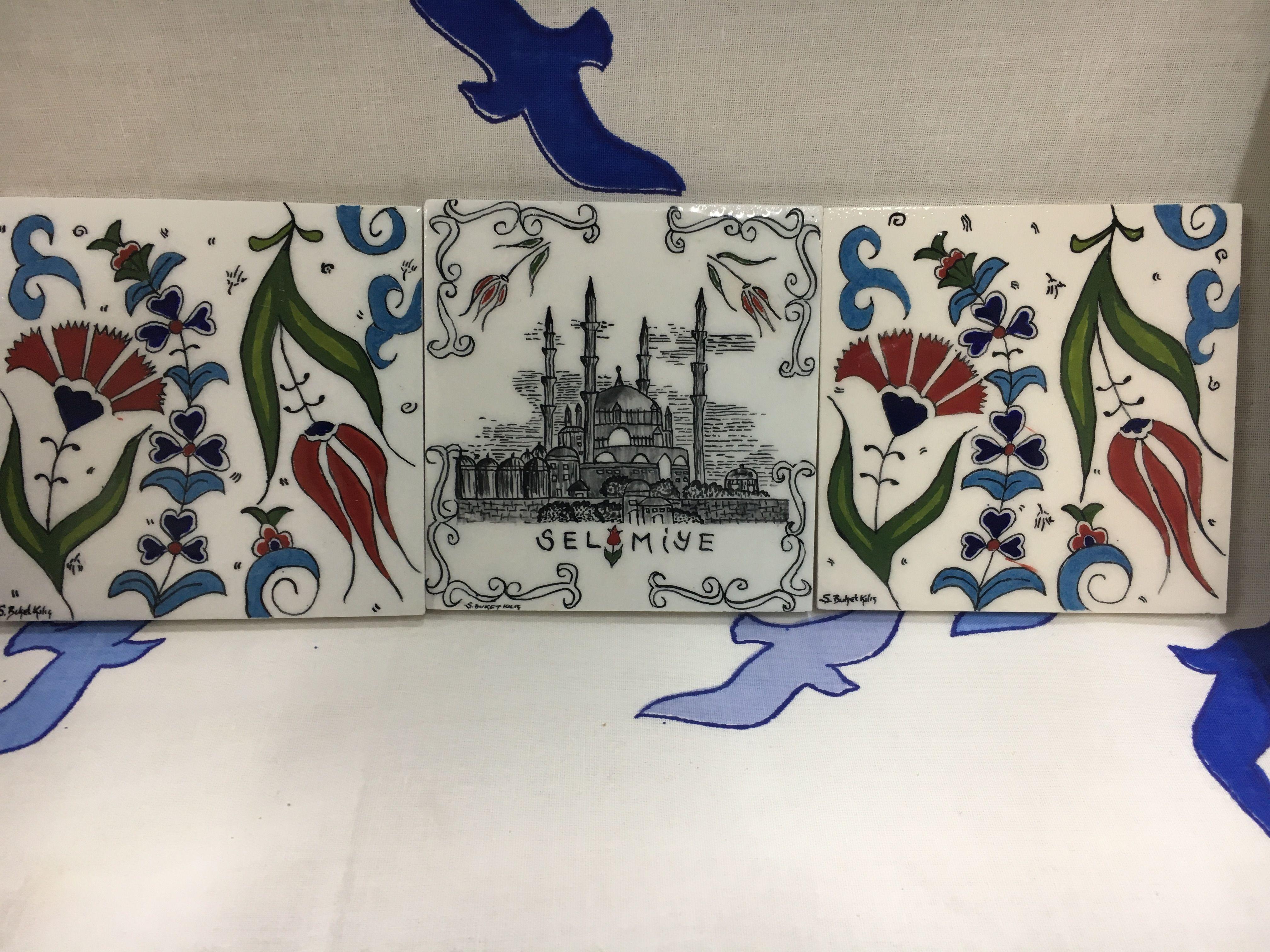 Edirne Selimiye Cami Karanfil Ve Ters Lale Cini Karo Calismasi Laleler Seramik Camiler