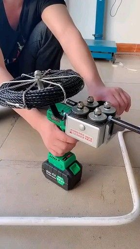 Photo of Cool wire wire snake tool
