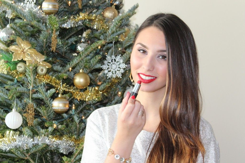 Holiday Makeup Tutorial on BisousBrittany.com!