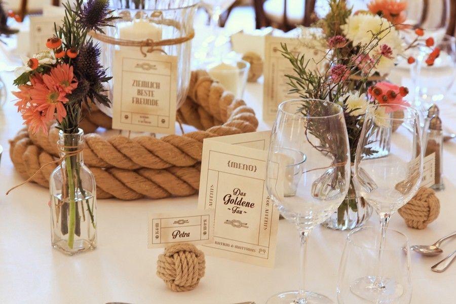 Tischdeko winterhochzeit  Tischdeko für eine Winterhochzeit | Tischdeko - wedding ...