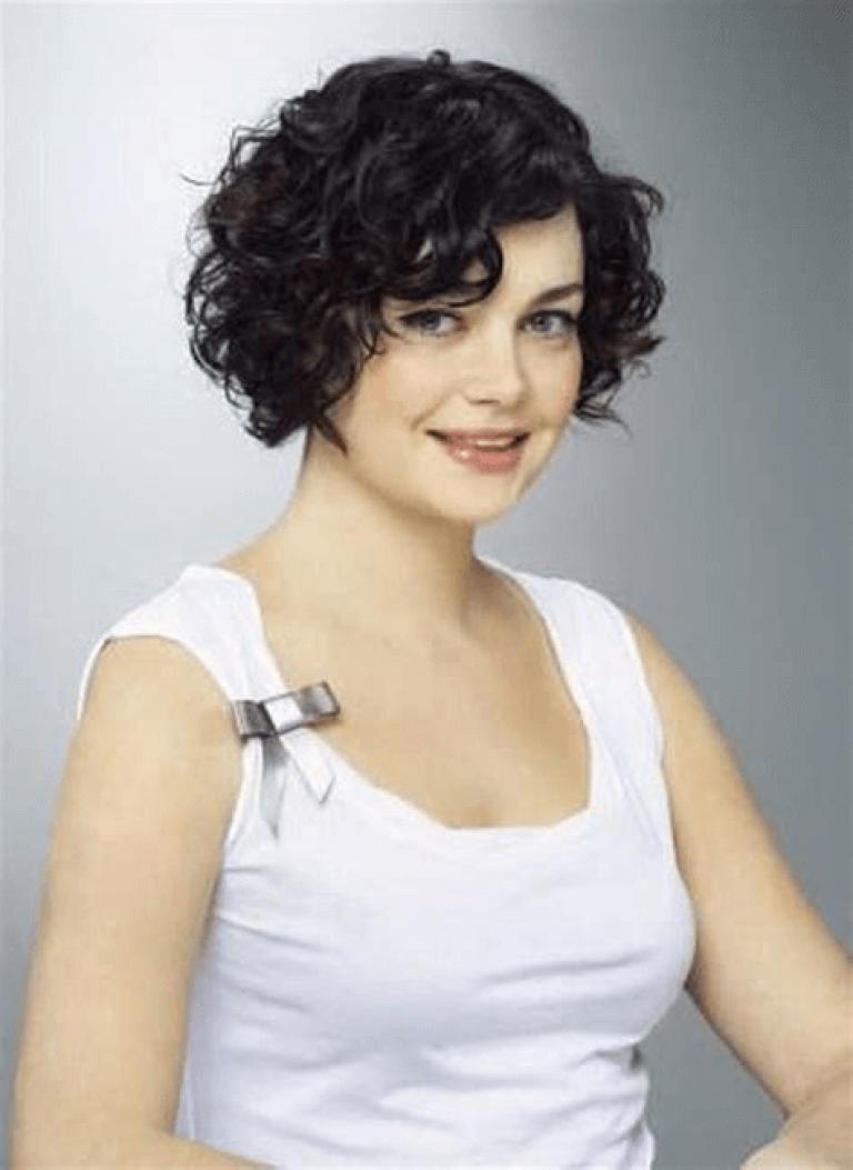 bob frisur locken how to curl short hair curled bob hairstyle medium length curls