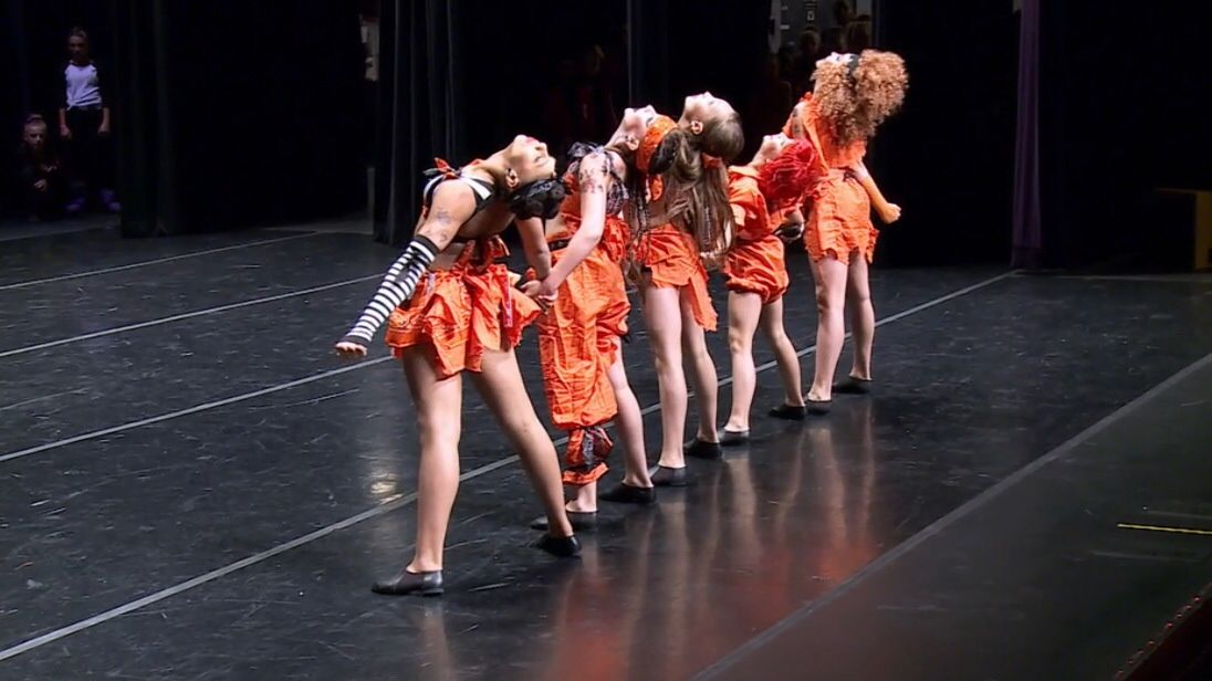 "Maddie Ziegler Dance Moms S5E2 ""Abby Got Served"""