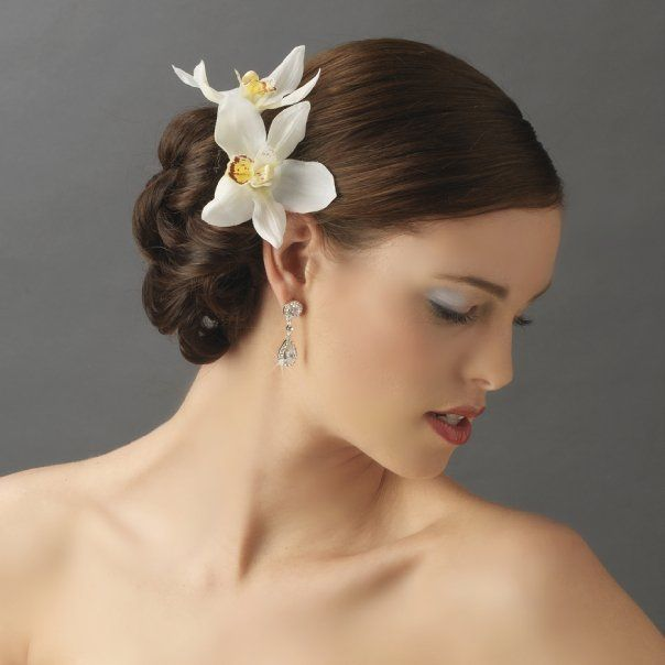 floral hair accessories the versatility and elegance of these bridal flower headbands floral