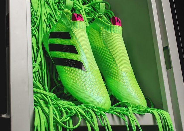 check out db983 604e3 Pure Control Ace 16+ los nuevos zapatos de fútbol sin agujetas de Adidas -  FRACTAL estudio + arquitectura