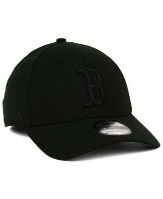 6df80b00 New Era Boston Red Sox Black on Black Classic 39THIRTY Cap - Black S/M