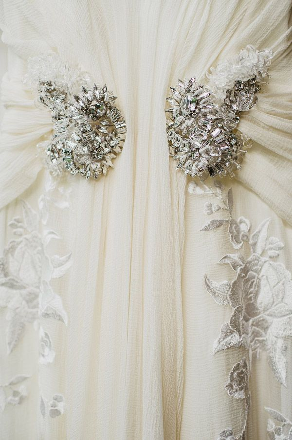 Stunning Jenny Packham details captured by This Modern Love #wedding