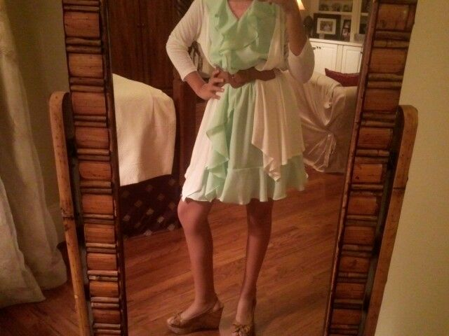 Cute Easter outfit! Dinner with the fam! Perf for hosting!!