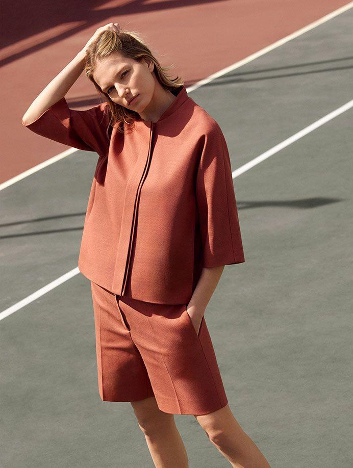 On Sports Inspired Shapes Minimal Fashion Street Fashion Photography Scandinavian Fashion