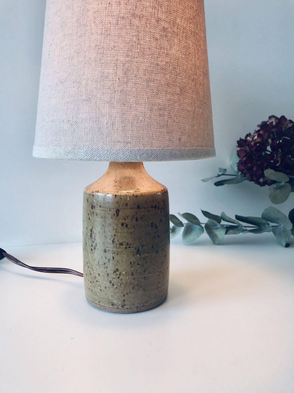 Voici Ce Que Je Viens D Ajouter Dans Ma Boutiqueetsy Lampe Pied En Gres Et Abat Jour En Lin Abat Jour Lampe Lampes Salon Lampe En Verre
