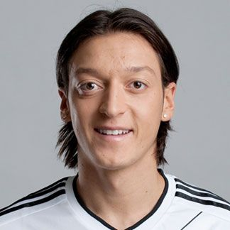 Mesut Ozil Wallpapers And Backgrounds Natural Hair Styles For Black Women Hair Styles For Women Over 50 Hair Growth Women