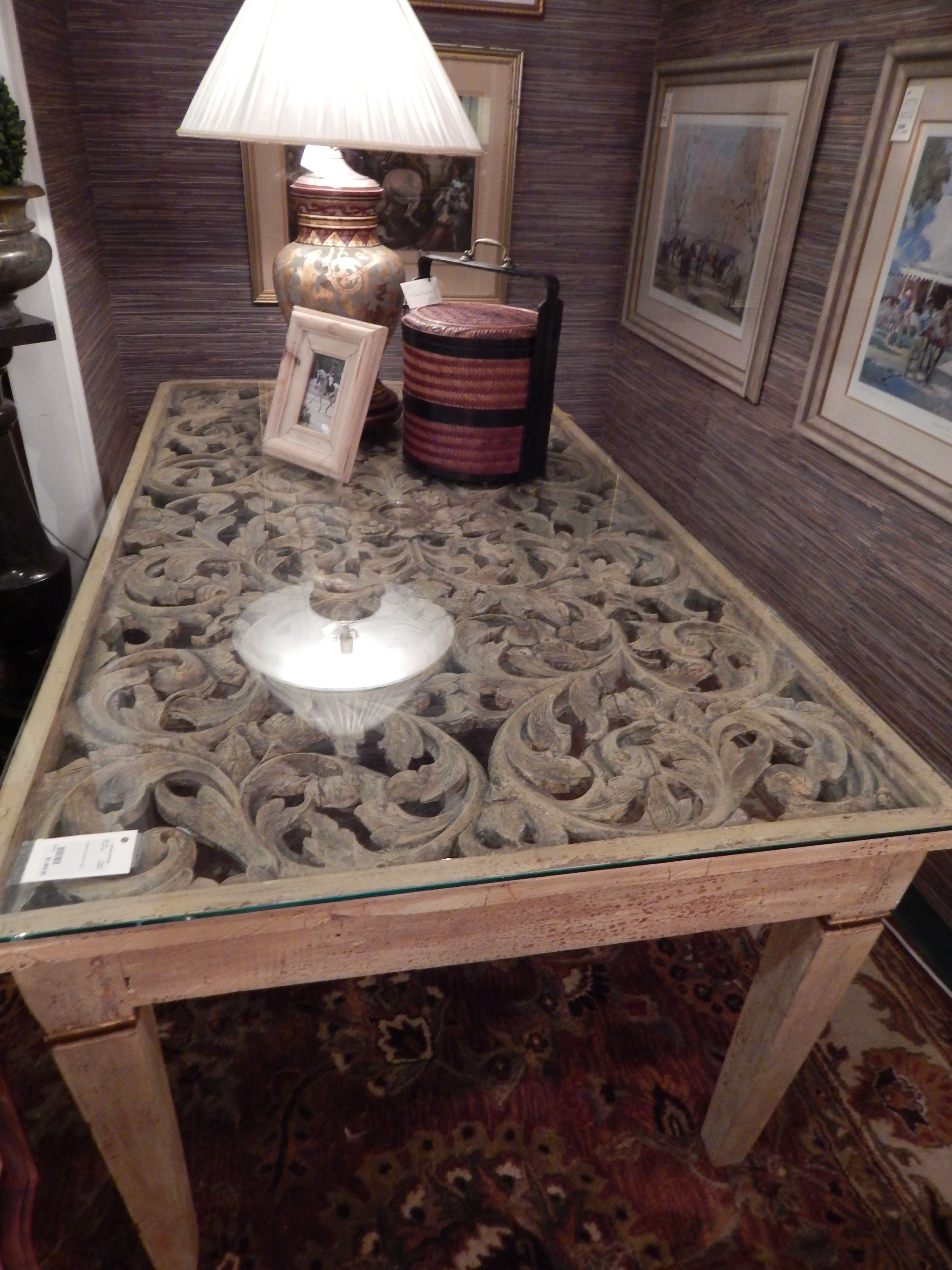 Amazing details on this carved table!!
