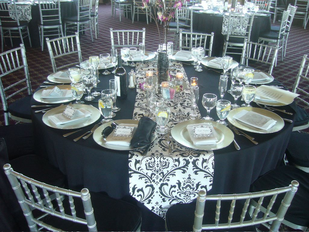 Epic Image Of Dining Room Decoration With Various Black And White Table Setting Ideas  Fair & black and white wedding tables | here is the table design of a ...