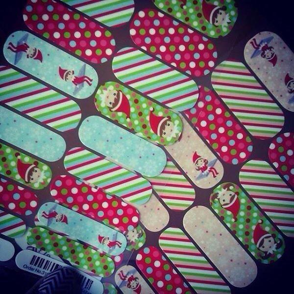 Custom Elf on Shelf Nail Wraps! Email me to order jamminbarefoot ...