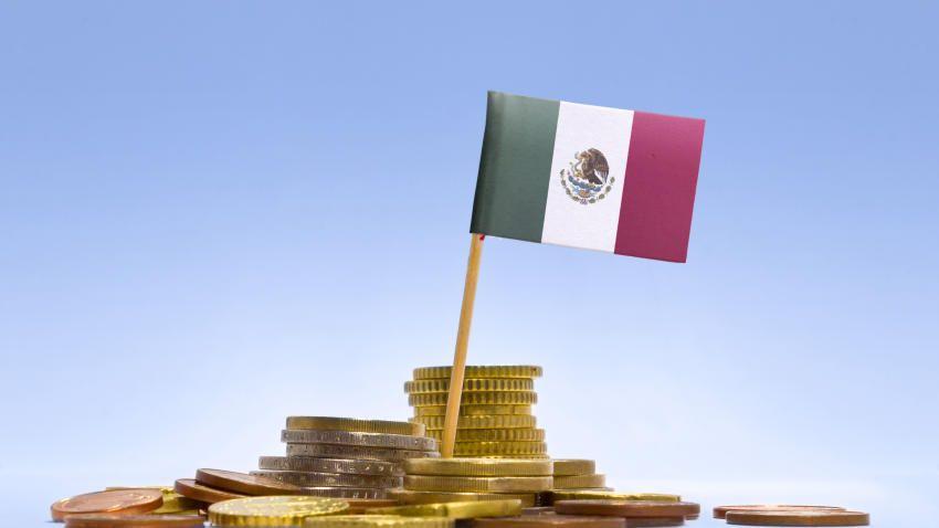 Reforzar la posición fiscal de nuestro país es un tema indispensable para fortalecer los mercados y ampliar la confianza que en México existe un equilibrio en la deuda. Esto comentó Manuel Sánchez González, subgobernador del Banco Central.