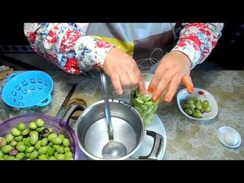 طريقة تخليل وتصبير الزيتون الاخضر بالبيت Facon Olive Conserve المطبخ التونسي Tunisian Cuisine Youtube Mediterranean Recipes Lebanese Recipes Food