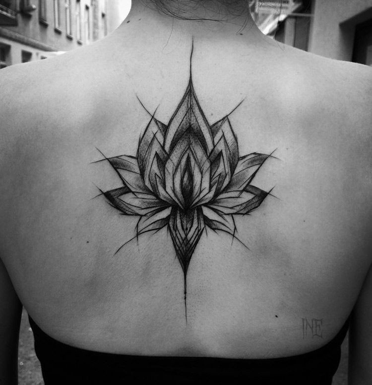 Pretty Black Lotus Flower On Woman S Back Flower Tattoo Back Black Lotus Tattoo Back Tattoo