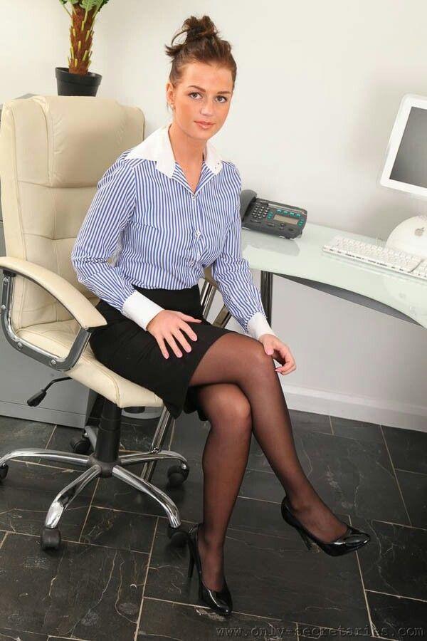 Administrative Istant Secretary Ms Offices Legs Bureaus Desks Office Es The