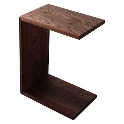 ソファには コの字テーブル がベストです Diyで作るオシャレ 埋め込みキャスターで Br 移動もラクラク インテリア 家具 ソファ サイドテーブル Diy インテリア