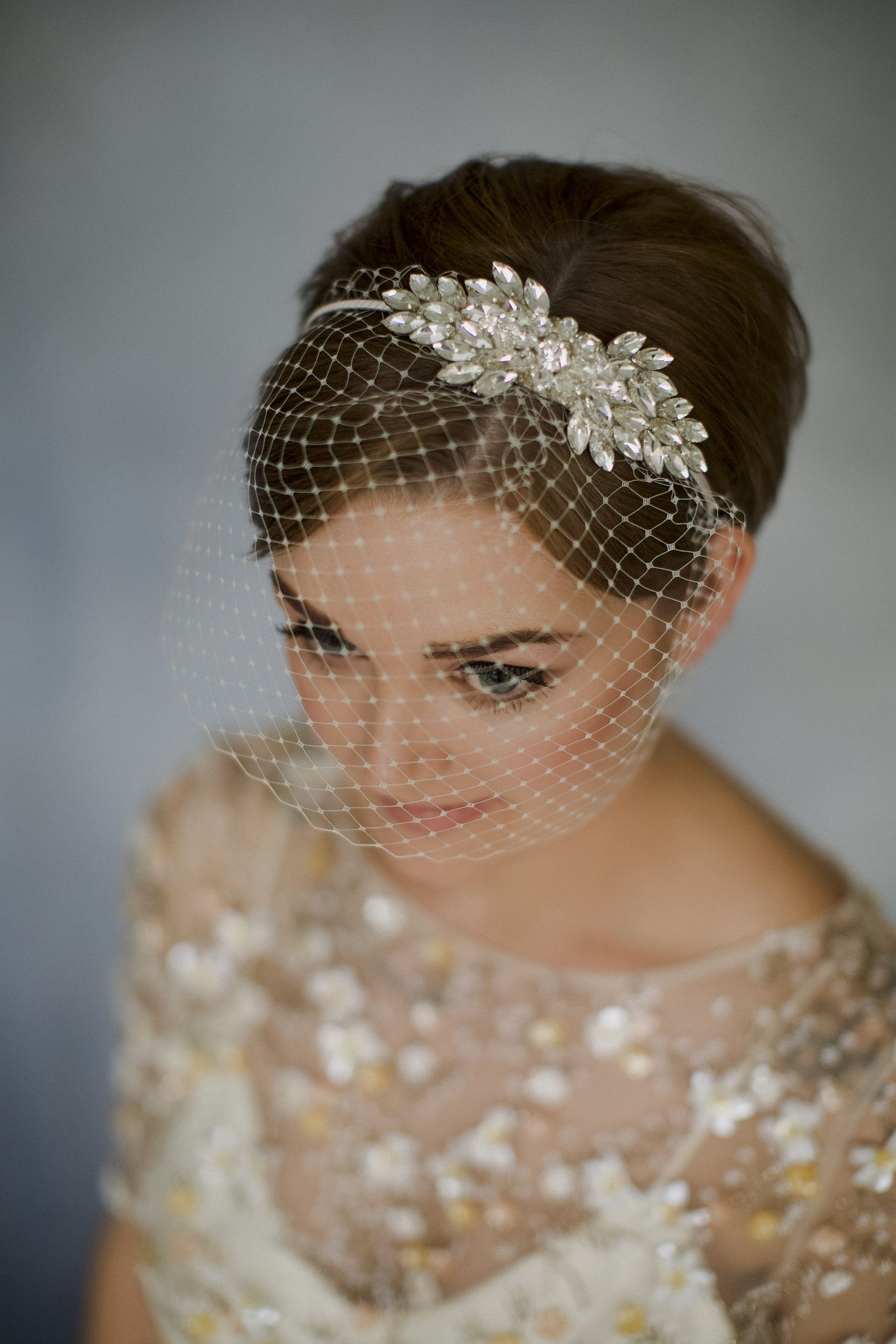 How To Style Wedding Hair Accessories With Short