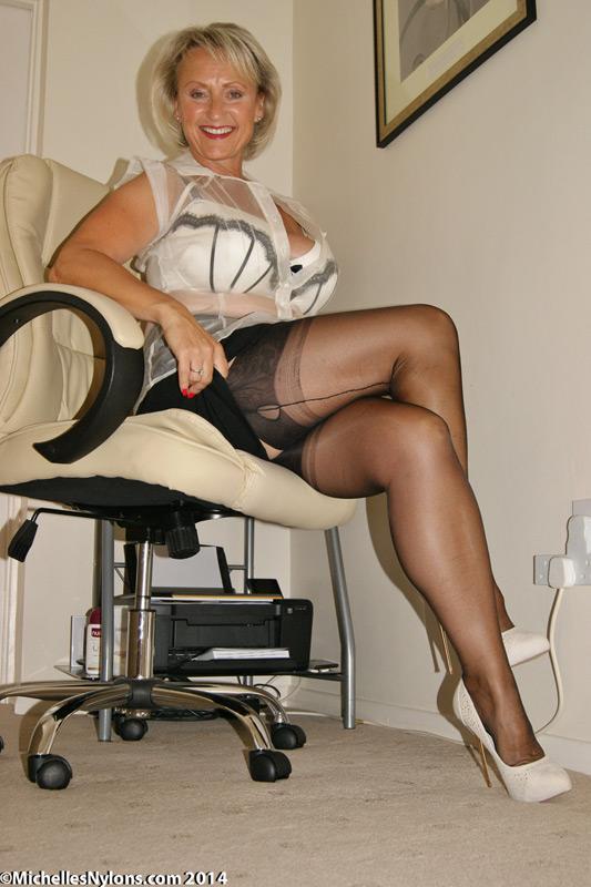 maturo nylon calza porno