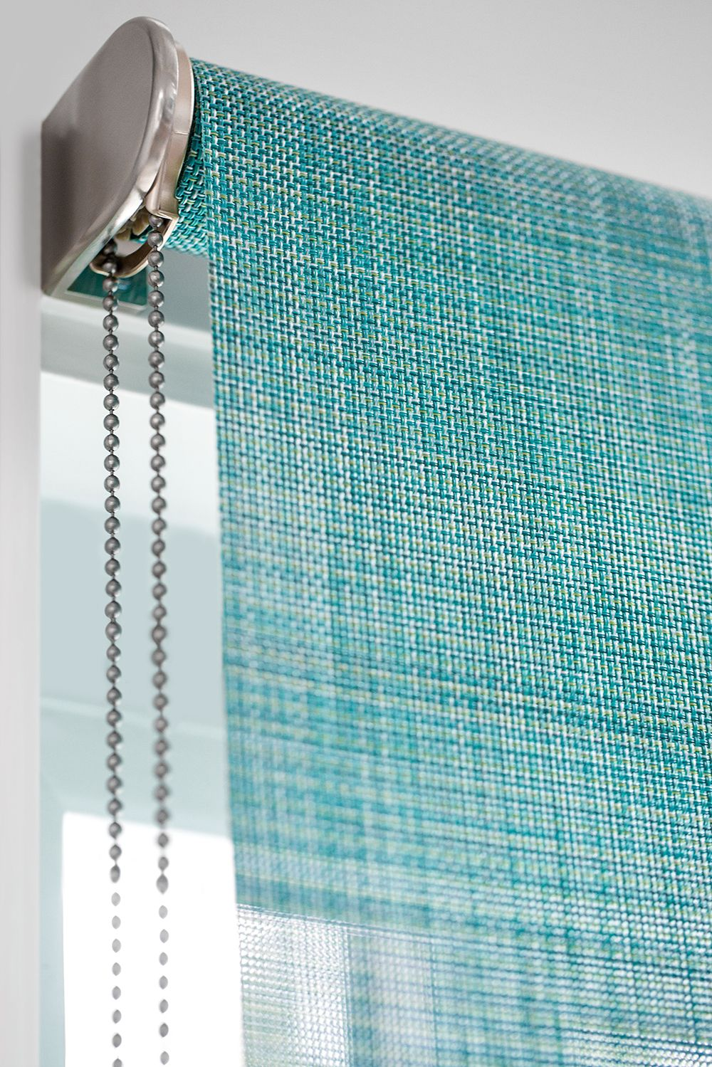 How To Hang Roller Shades Regular Or Reverse Roll