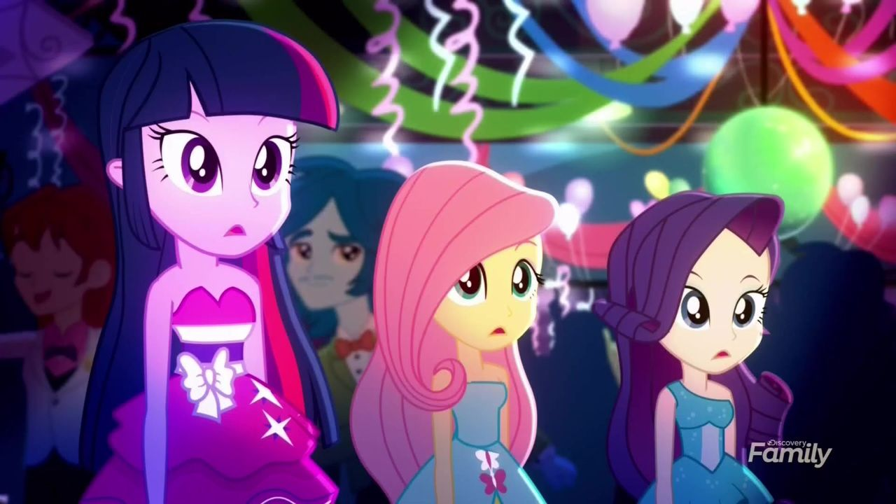 1499936 Equestria Girls Fluttershy Raise This Roof Rarity Safe Screencap Spoiler Eqg Summertime Shorts Equestria Girls My Little Pony Friendship Pony