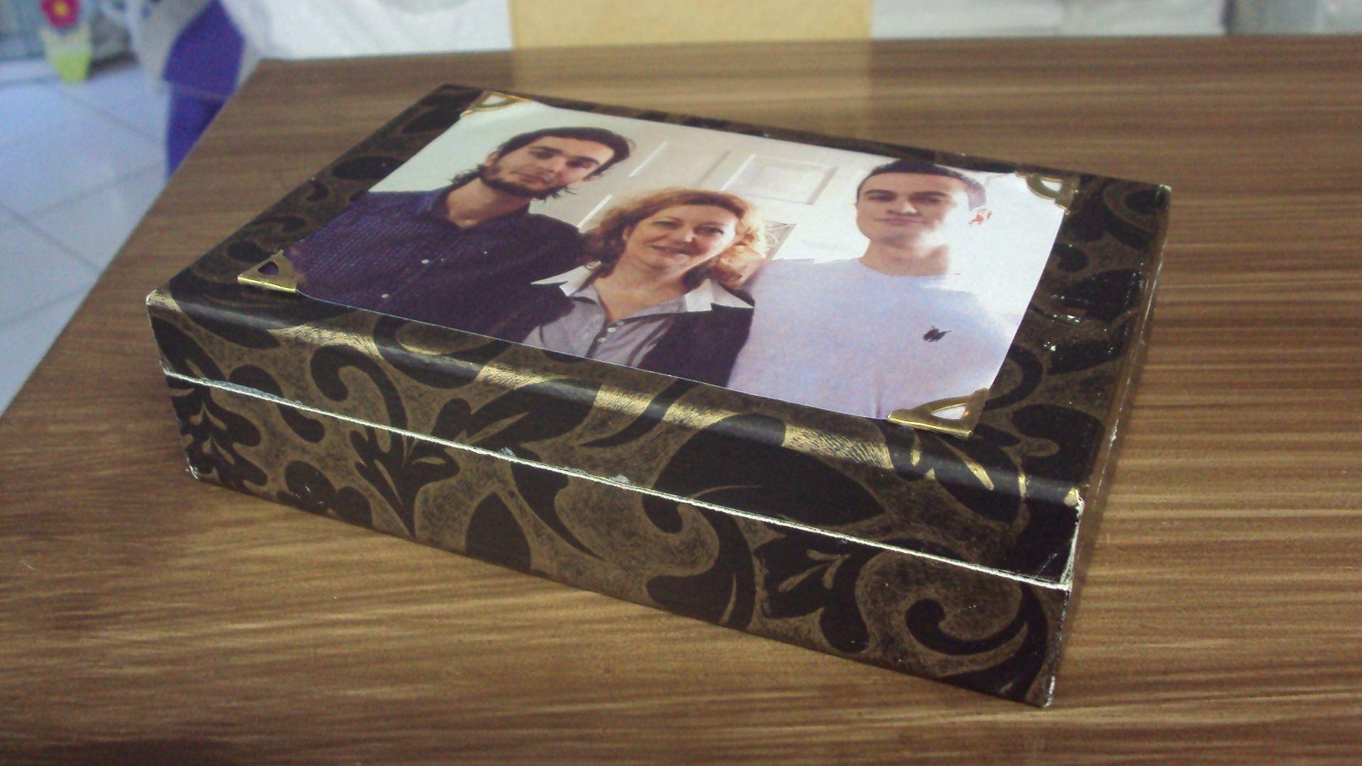 Caixa personalizada - aluna Ione