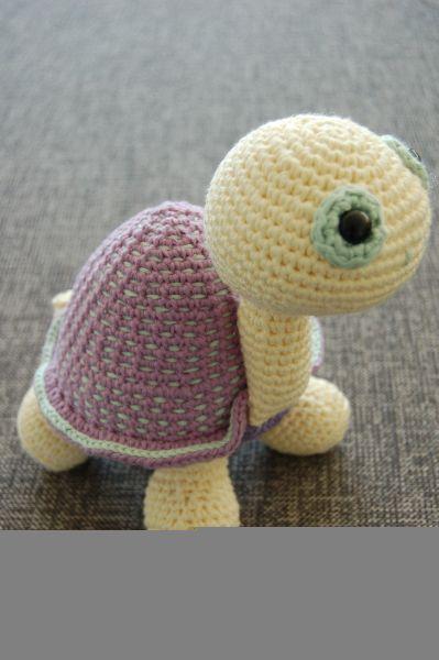 inspiration au crochet - une mini tortue Faire Du Crochet, Jouets Au  Crochet, Tricot 4657d4597d6