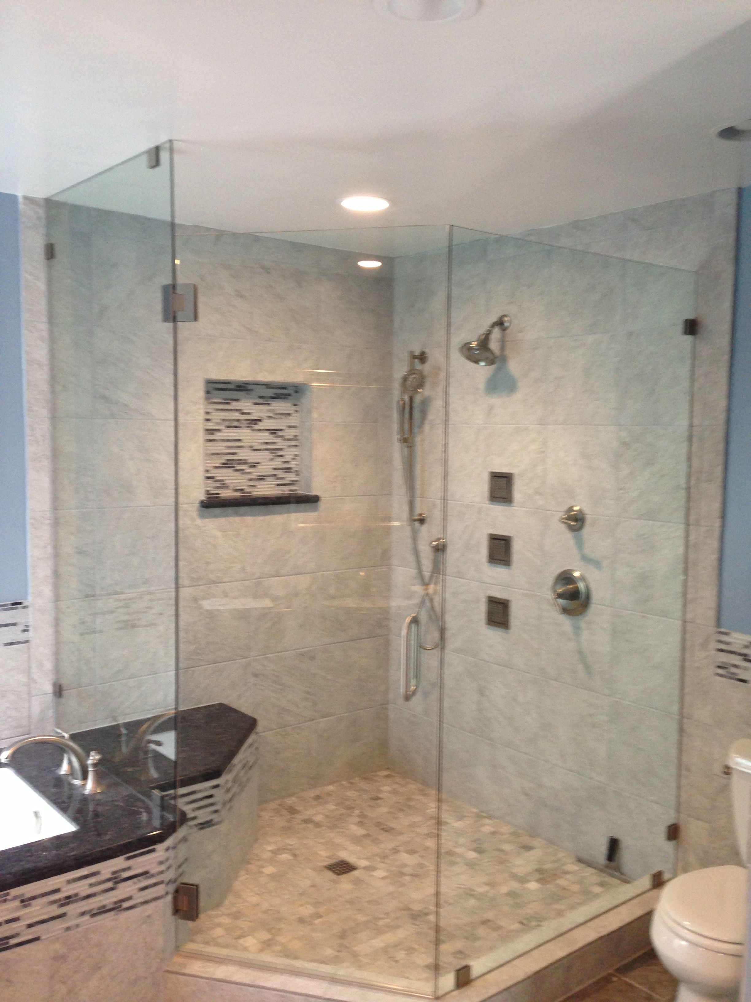Corner shower with Kohler Luxury Body jets | Bathroom | Pinterest ...