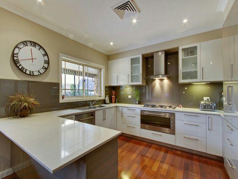 G Shaped Kitchen Con Imagenes Cocinas De Estilo Rustico