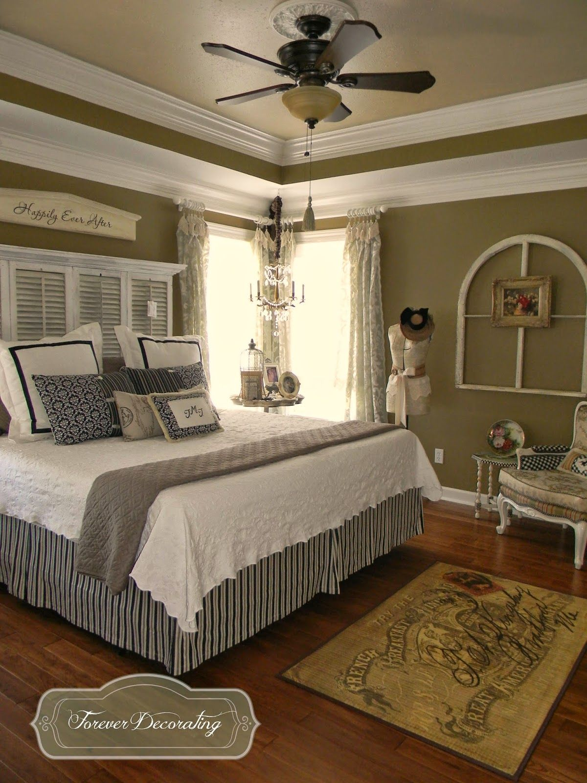 Crown Molding Cost Forever Decorating No Cost Decorating Switcheroo Love The