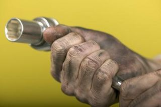 How to Remove Motor Oil and Grease from Hands | eHow