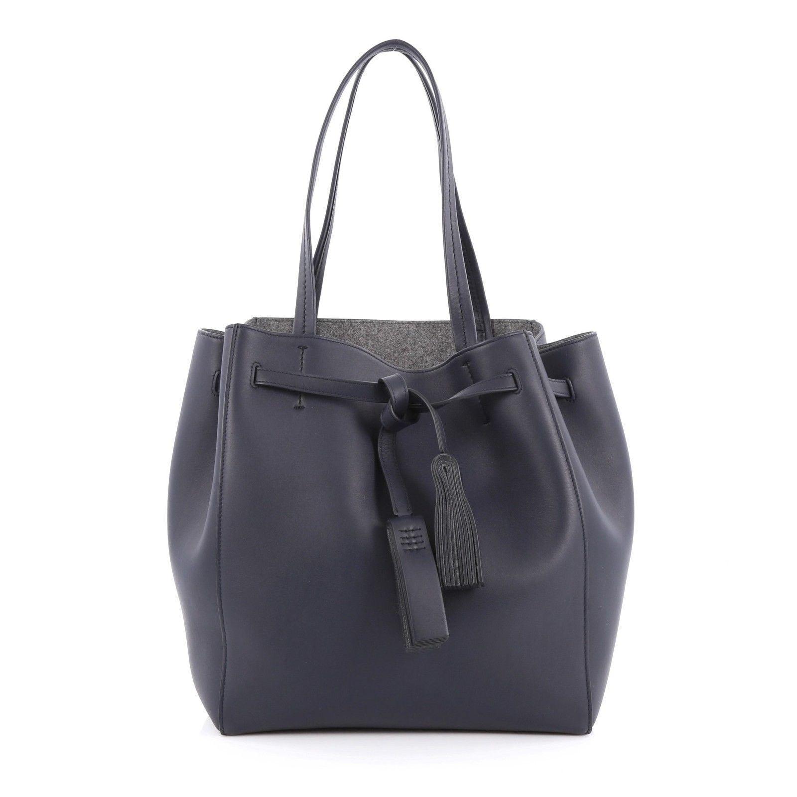 Celine Phantom In 2019 Handbags Purses