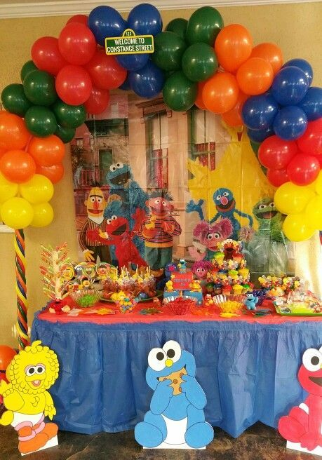 Sesame Street Sweet Or Candy Table In 2019 Elmo Birthday