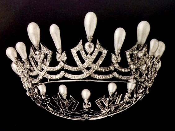 The Daily Diadem The Russian Pearl Wave Coronet The Court Jeweller Royal Tiaras Royal Jewels Tiara