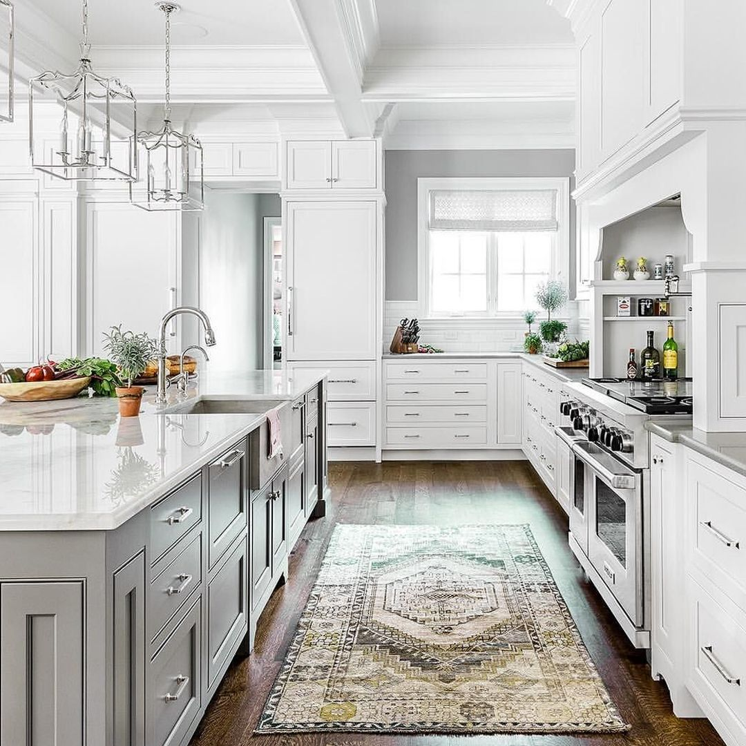How To Remodel Your Home For Less With Houzz Elegant Kitchen Design Modern Farmhouse Kitchens Kitchen Flooring