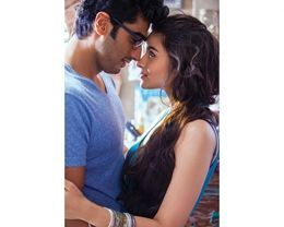 Awesome Bollywood Arjun And Alia Romantic Scene In 2 States Movie
