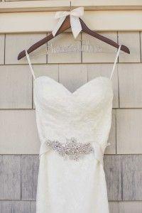 Wedding dress at Coco Palms http://amauiweddingday.com