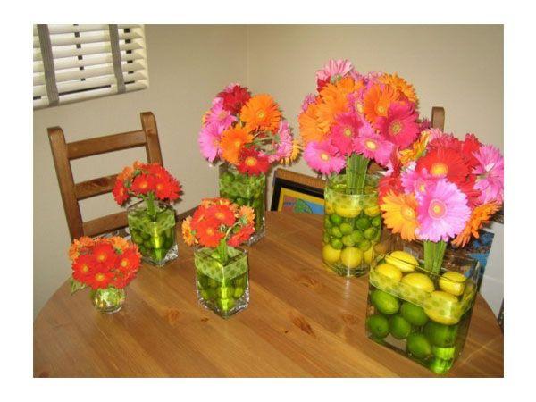 Arreglo de flores para boda con frutas Centro de mesa para boda