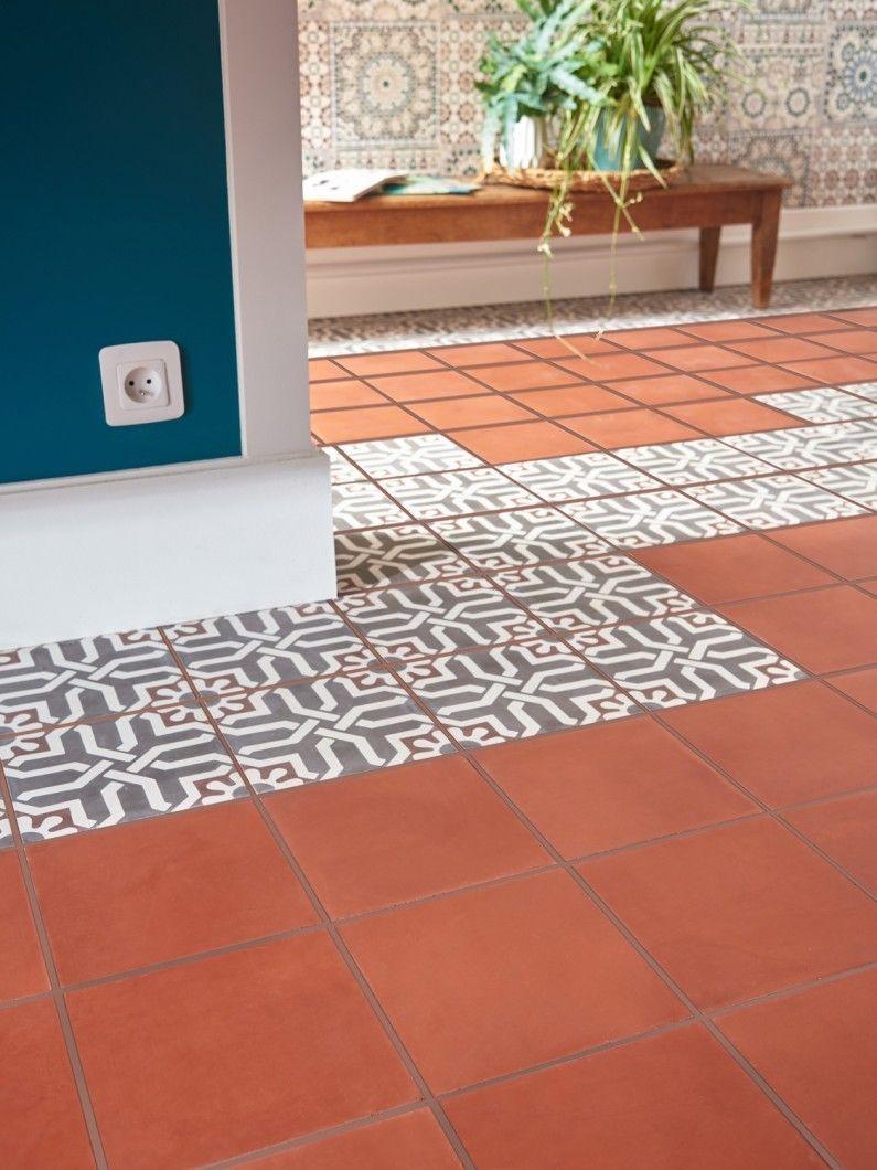 Remplacer Un Carreau De Carrelage un mix de carreaux de ciment avec motifs et unis | cuisine