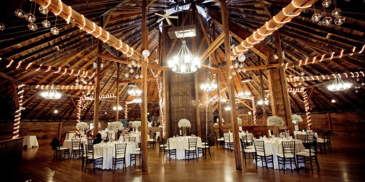 Inn At The Round Barn Farm Weddings Get Prices For Vermont Wedding