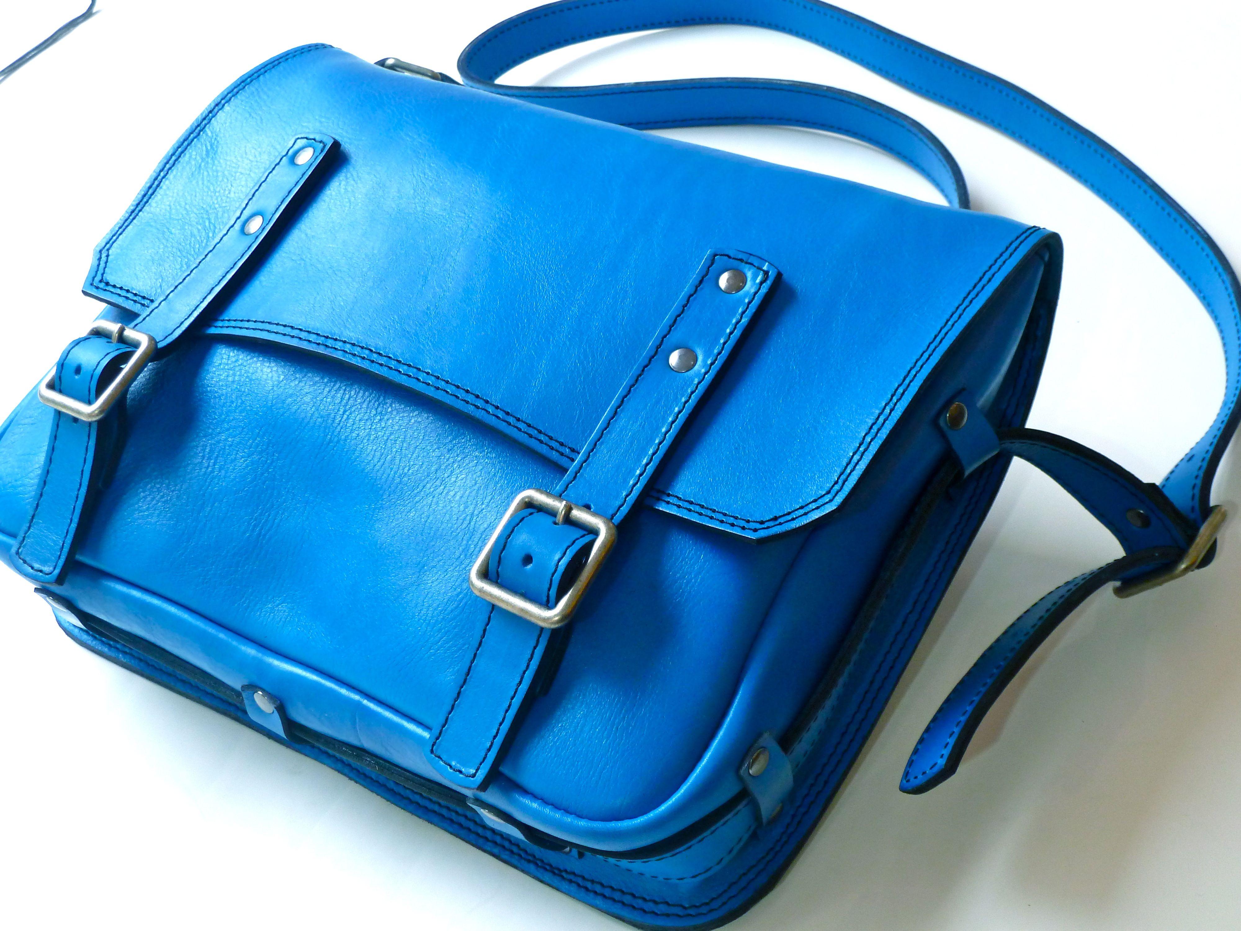 Bolsa azul Blue bag