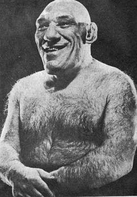 """Maurice Tillet luchador francés conocido como """"Ángel Francés"""" el humano en el que se inspiraron para crear a Shrek."""