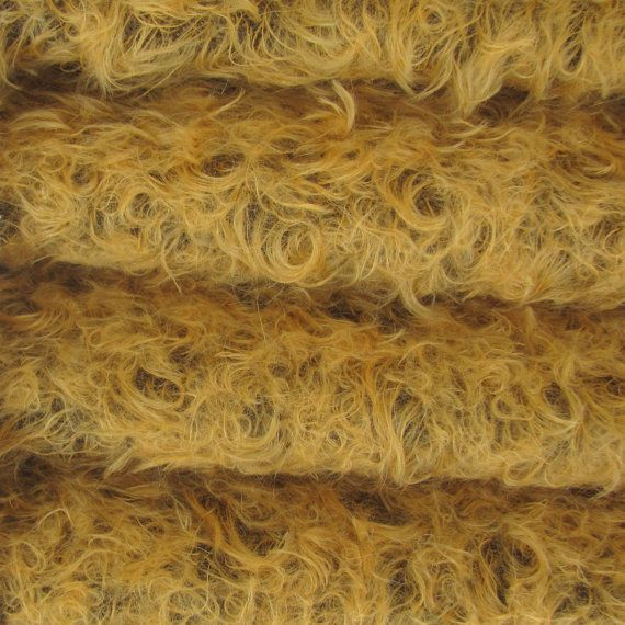 Quality 380S/CM - Mohair - 1/3 yard in Intercal's (US) Color 506SD-Pale Apricot w/Dark Back.  A German Mohair Fur Fabric for Teddy Bear Making  1084 Kč